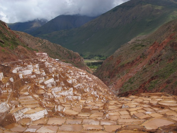 hundreds of salt ponds lined the narrow valley.