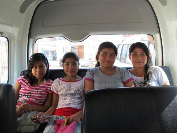the jovencitas on their way to lambayeque.